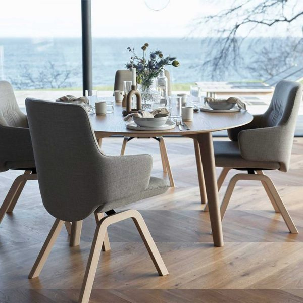 Stressless Bordeaux Round Dining Table and 4 Mint Low Back Dining Chairs with Arms